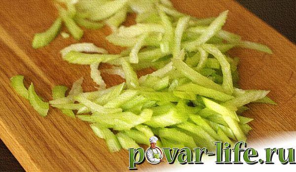 Классический Вальдорфский салат