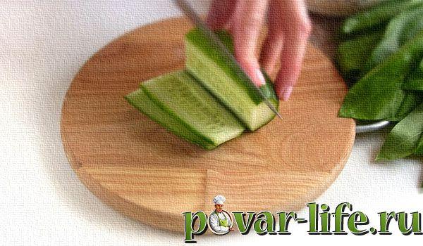 Рецепт салата с черемшой яйцами и огурцами
