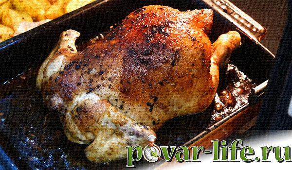 Целиковая курица с картошкой в духовке