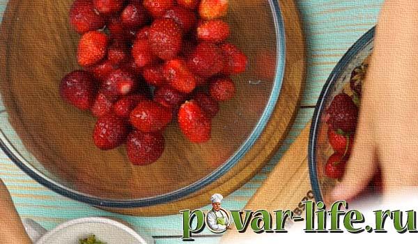Рецепт клубничного варенья из цельных ягод