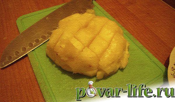 Курочка с ананасами запечённая в духовке