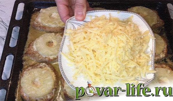 Рецепт мяса в духовке с ананасами и сыром