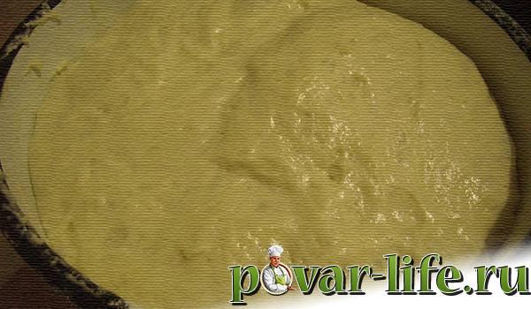 Пуховые пирожки с капустой в духовке