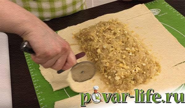 Слоёный пирог с капустой и яйцом