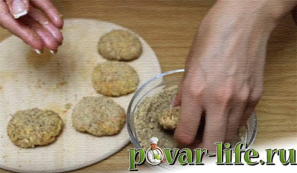 Котлеты с крабовыми палочками и сыром