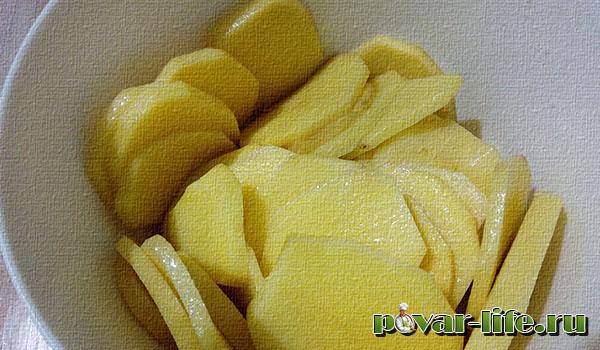 Картофель и рыба, запечённые в духовке