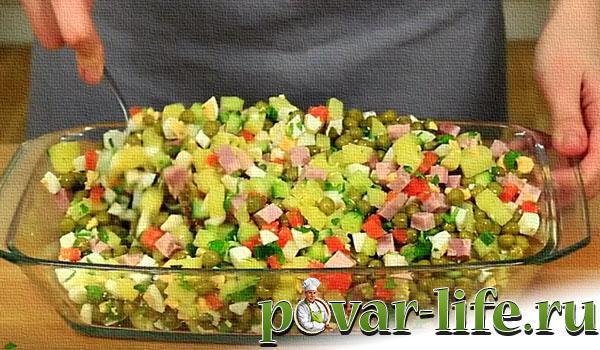 Салат со свежими огурцами и яйцами рецепт с